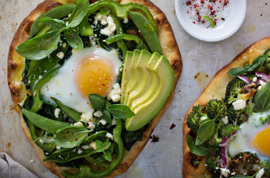 Pusryčiai: kiaušiniai su avokadais