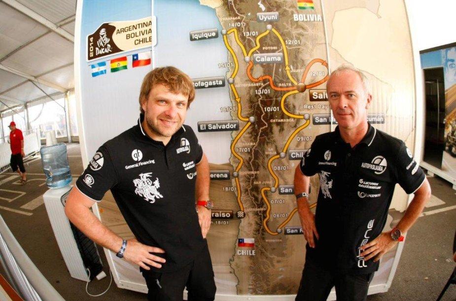 Benediktas Vanagas ir Andrejus Rudnickis (iš kairės) atlikę visus formulumus