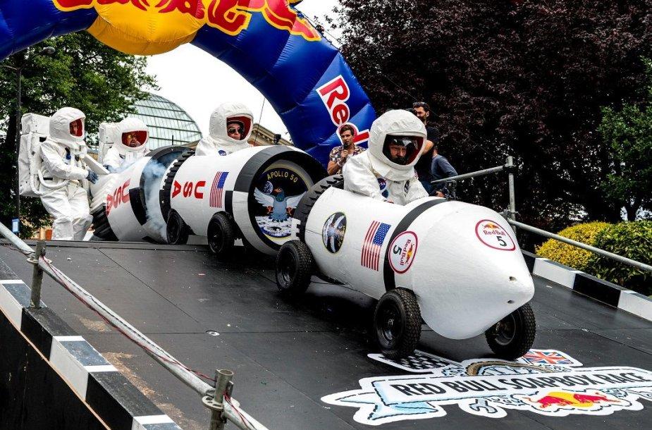 """""""Red Bull"""" muilinių lenktynės"""