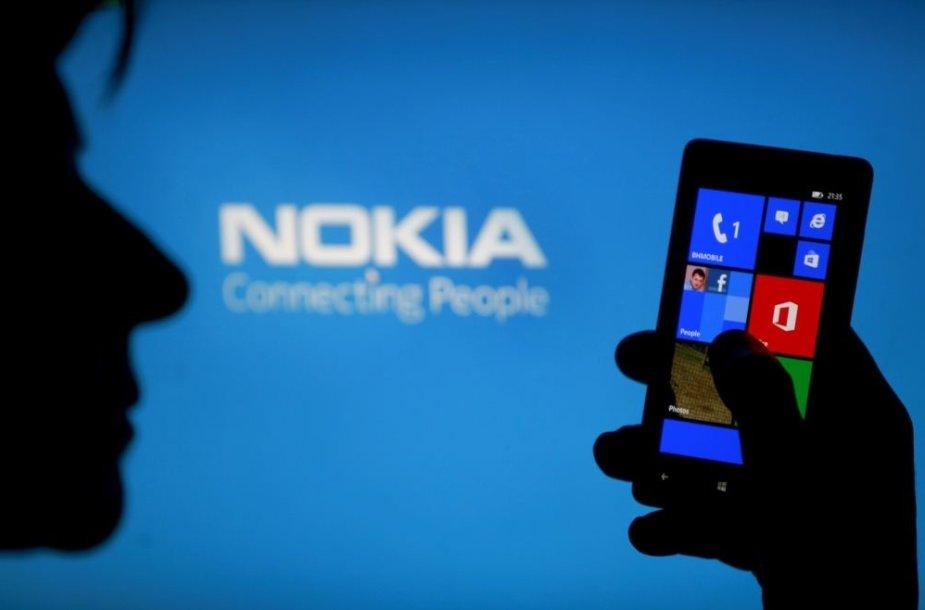 """""""Nokia"""" išmanusis telefonas su """"Windows Phone"""" operacine sistema"""