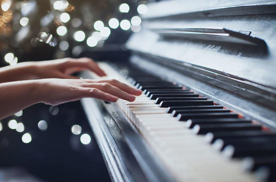 Skambinimas pianinu