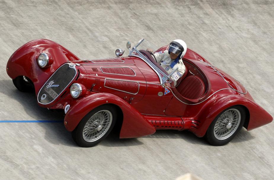 """""""Alfa Romeo 8C 2900"""" (1939 m.)"""