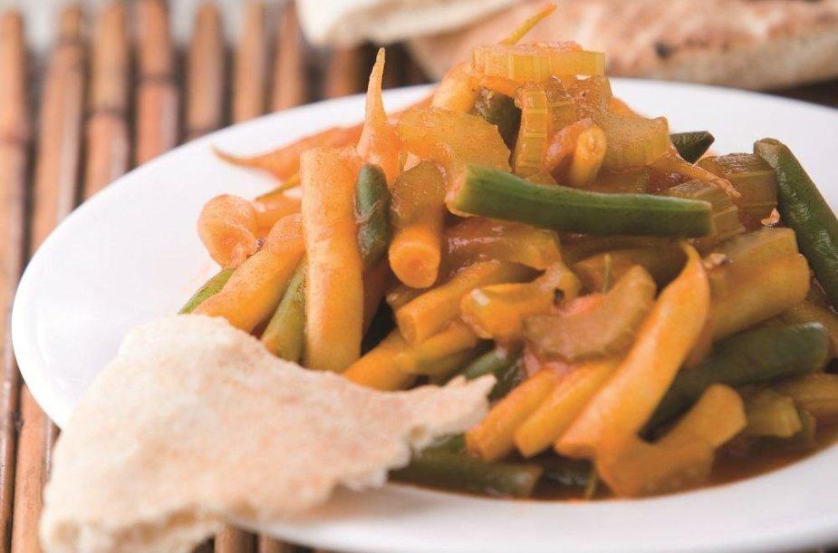 Kreoliškos šparaginės pupelės