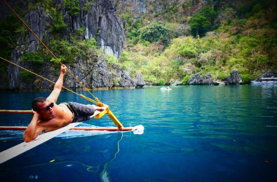 Filipinai, El Nido. Kapitonas ilsisi