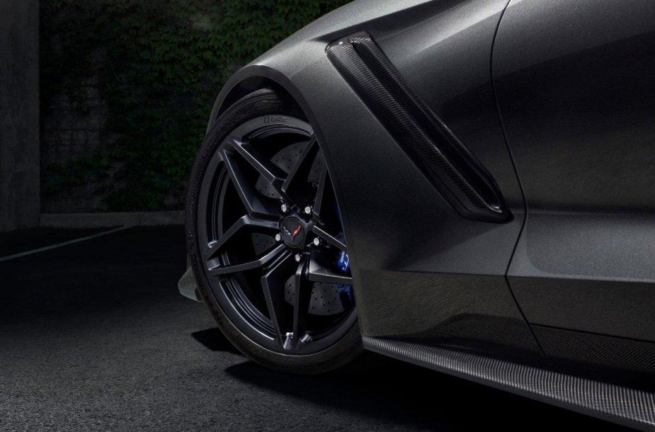 "Naujasis ""Chevrolet Corvette ZR1"""