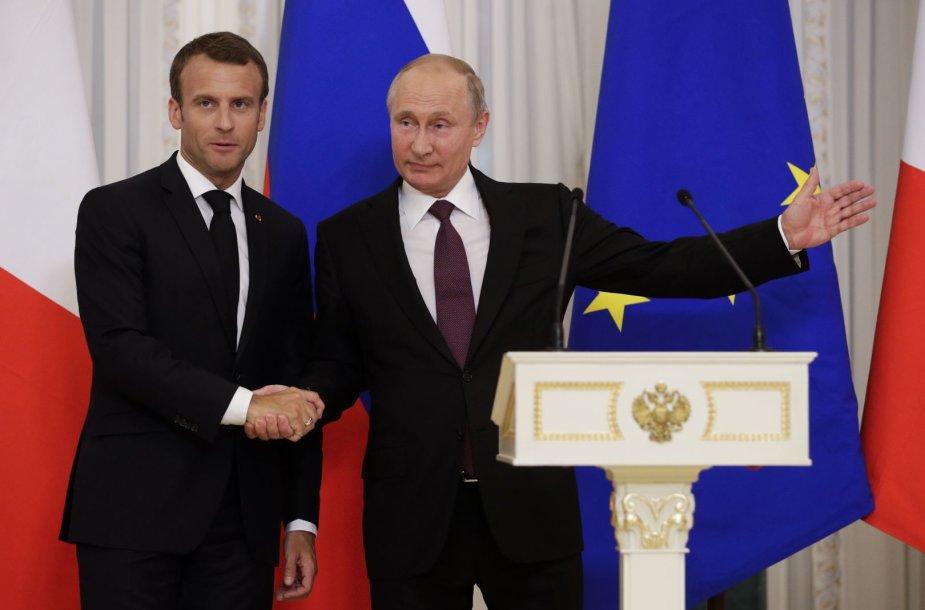 Vladimiro Putino ir Emmanuelio Macrono susitikimas Sankt Peterburge