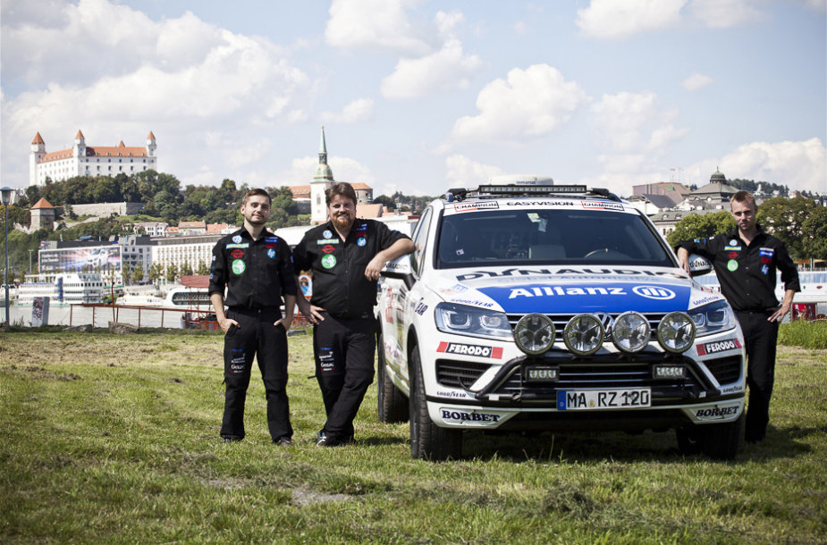 """Raineris Zietlow kartu su komanda """"Challenge4"""""""
