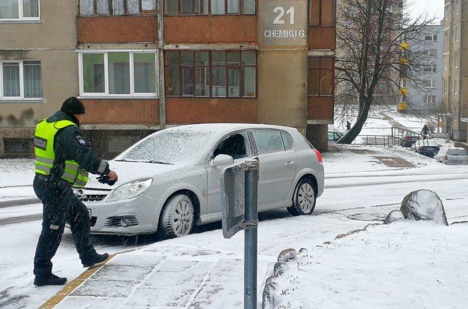 Jonavoje per parą apvogta dvylika automobilių