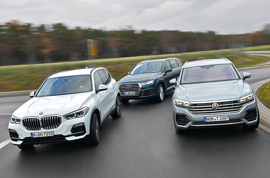 """Auto Bild"" palygino BMW X5, Audi Q7 ir ""Volkswagen Touareg"""