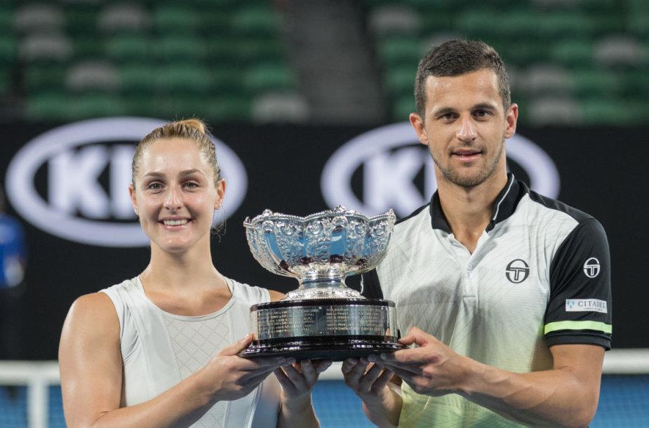 """Kroato ir kanadietės duetas triumfavo """"Australian Open"""" mišrių porų turnyre"""