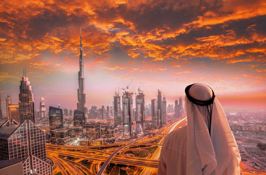 Dubajus. Tolumoje matosi Burj Khalifa