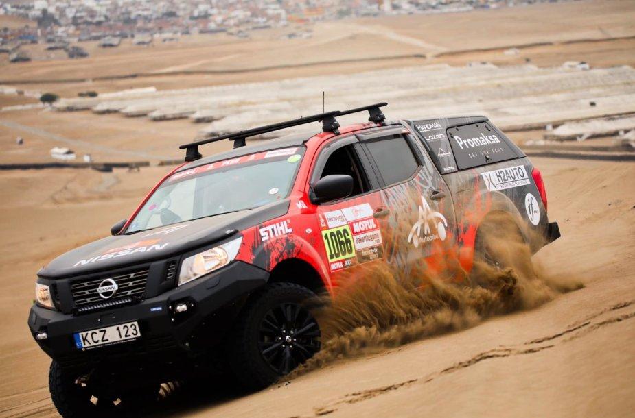 Automobilių testai Limoje