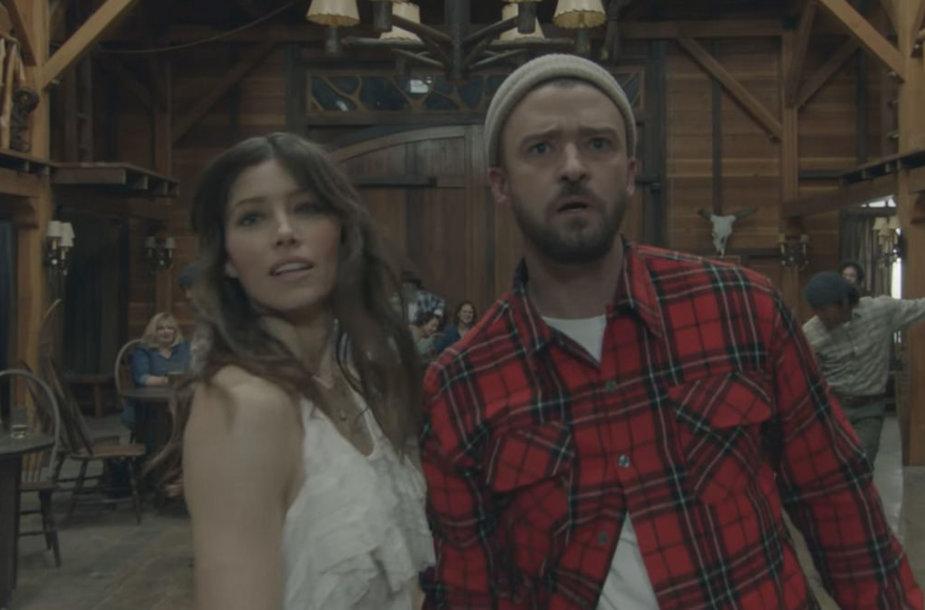 """Justinas Timberlake'as ir Jessica Biel vaizdo klipe """"Man of the Woods"""""""