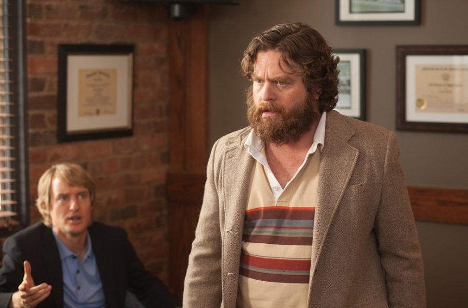 """Owenas Wilsonas ir Zachas Galifianakis filme """"Tu esi čia"""""""