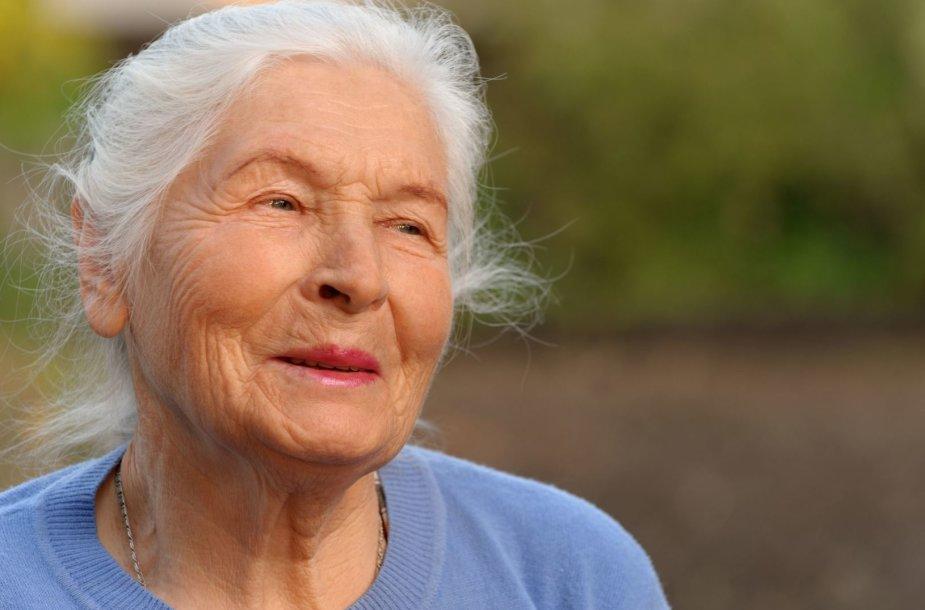 Senyvo amžiaus moteris