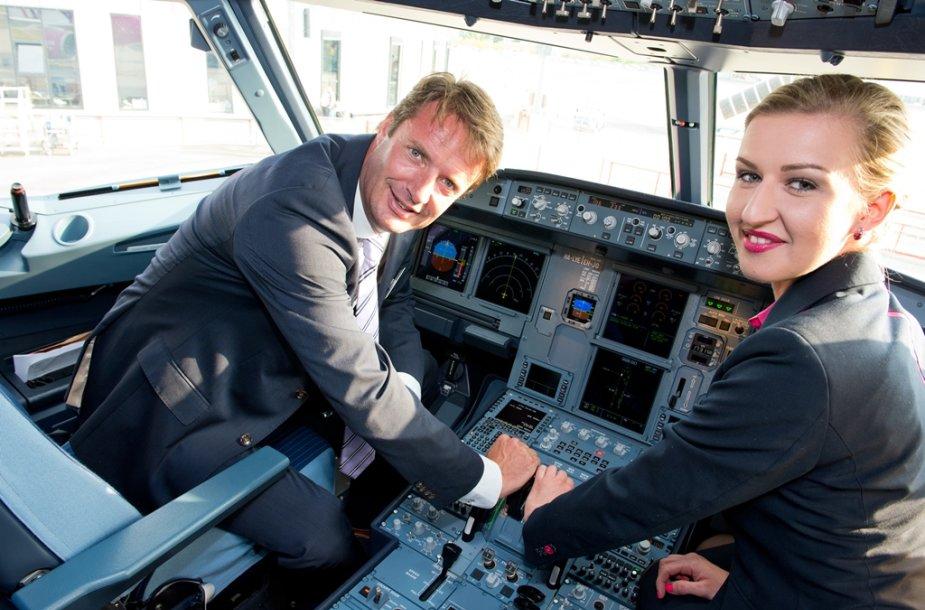 """""""Wizz Air"""" orlaivių parką papildė """"Airbus A320"""" lėktuvas"""