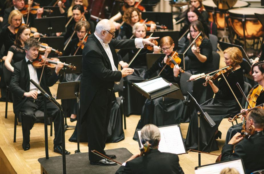 Kaune vyks soprano Veronikos Džioevos ir baritono Kosto Smorigino koncertas kartu su Kauno miesto simfoniniu orkestru. Dirigentas – Konstantinas Orbelianas.