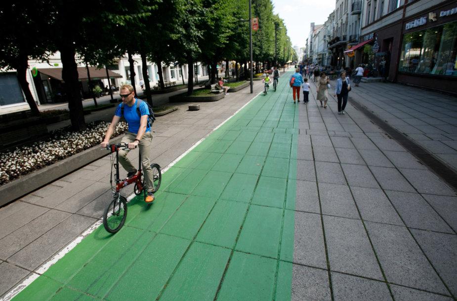 Laisvės alėjos dviračių takas