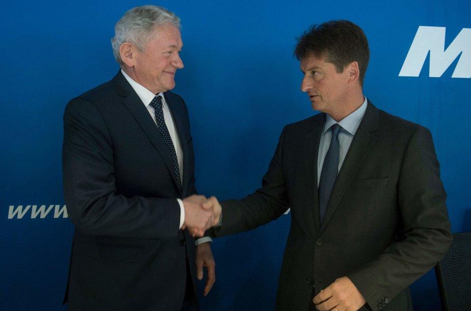 Francois Bellot (kairėje)