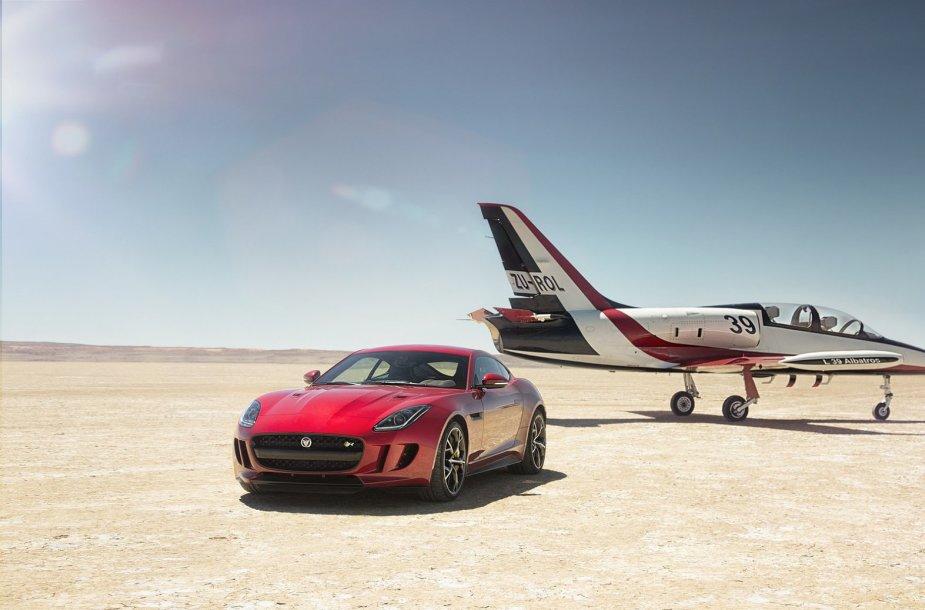 """Keturiais ratais varomas """"Jaguar F-Type R Coupe"""""""