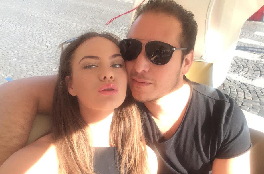 Aaronas Perezas  su savo mergina Urte