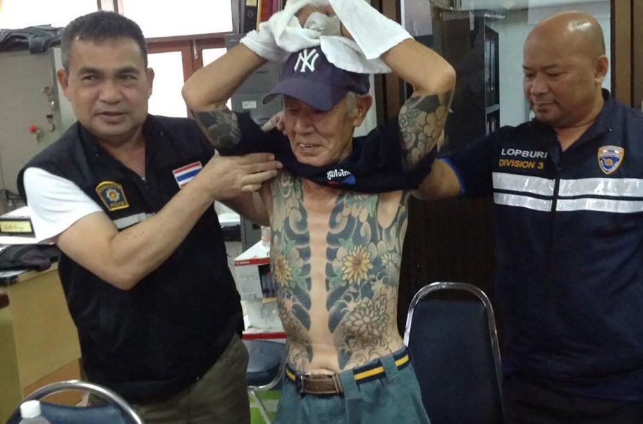 Tailando policijai susekti dešimtmetį besislapsčiusį bėglį padėjo jo tatuiruotės