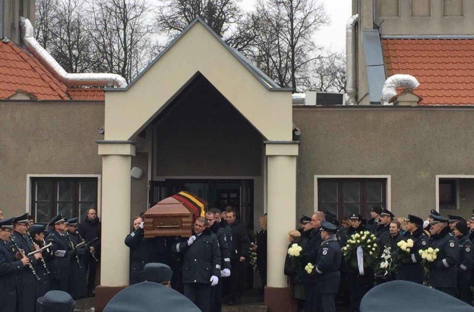 Žuvusio pareigūno laidotuvės