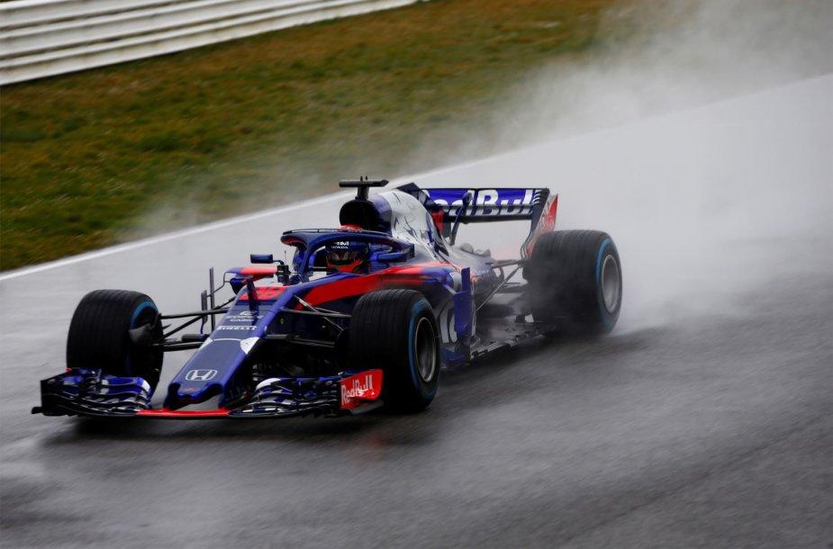 "Naujas ""Red Bull Toro Rosso Honda"" komandos bolidas"