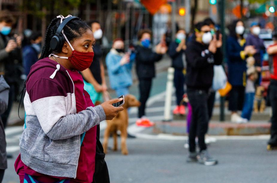 JAV tęsia kovą su pandemija