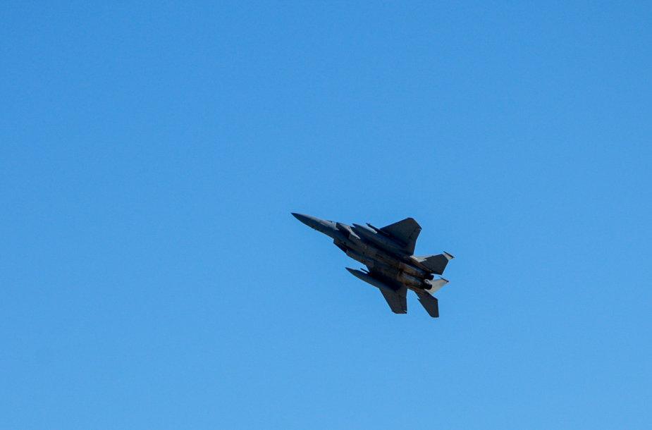 NATO oro pajėgų treniruotės akimirkos