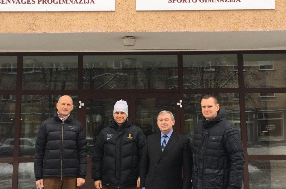 Š.Sakalauskas, R.Radvila, R.Sargūno sporto gimnazijos direktorės pavaduotojas sporto ugdymui S.Dambrauskas, M.Špokas.