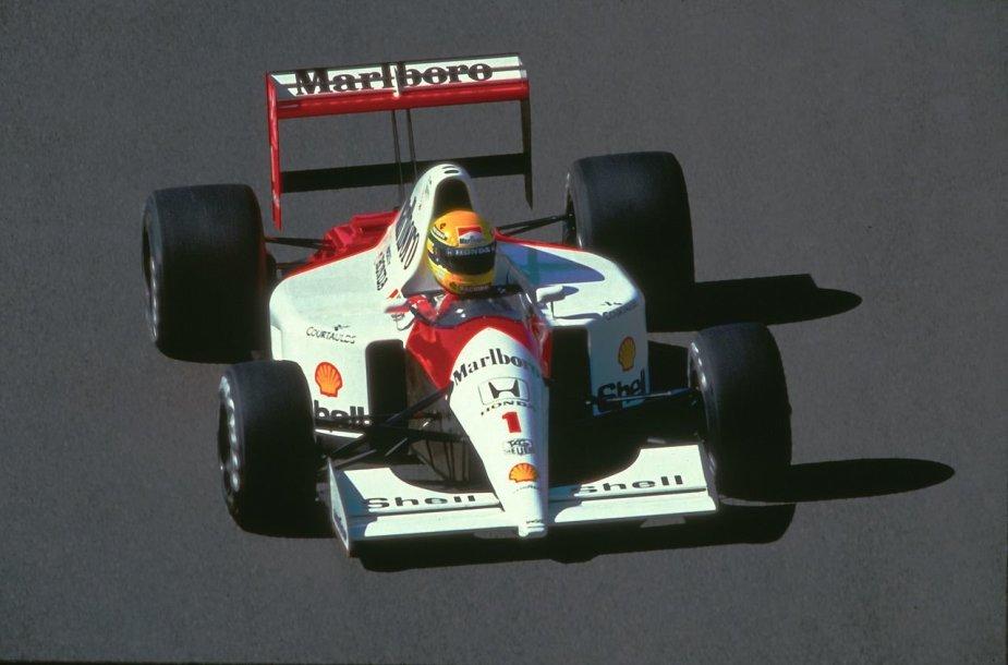 """1991-ųjų """"McLaren"""" """"Formulės 1"""" bolidas. Už vairo – A.Senna."""
