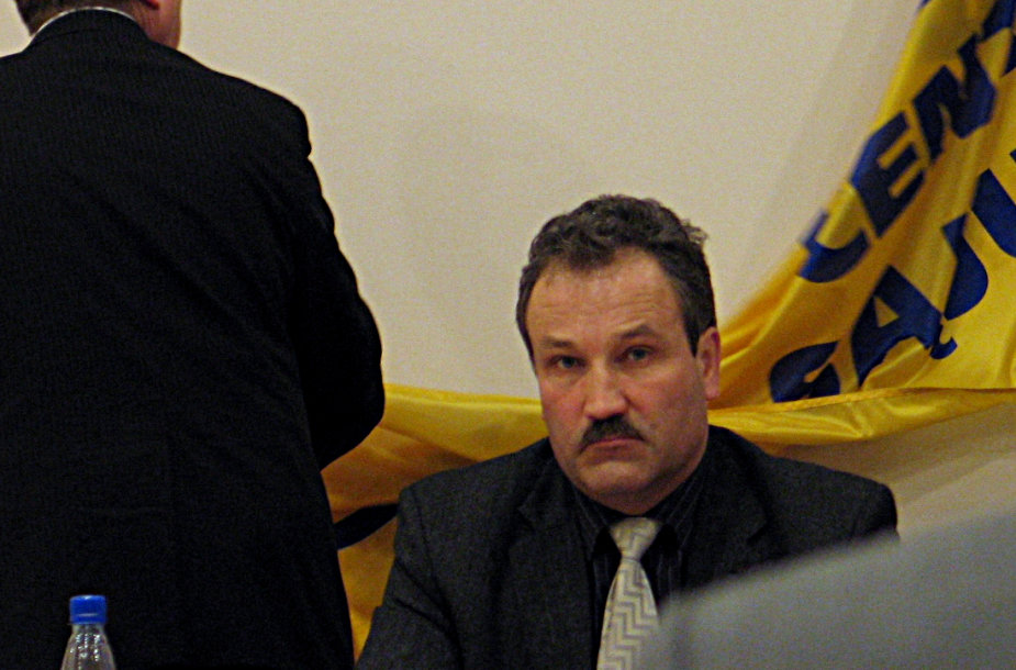 Vytautas Laurinaitis pakeitė vėliavą ir gavo mero postą