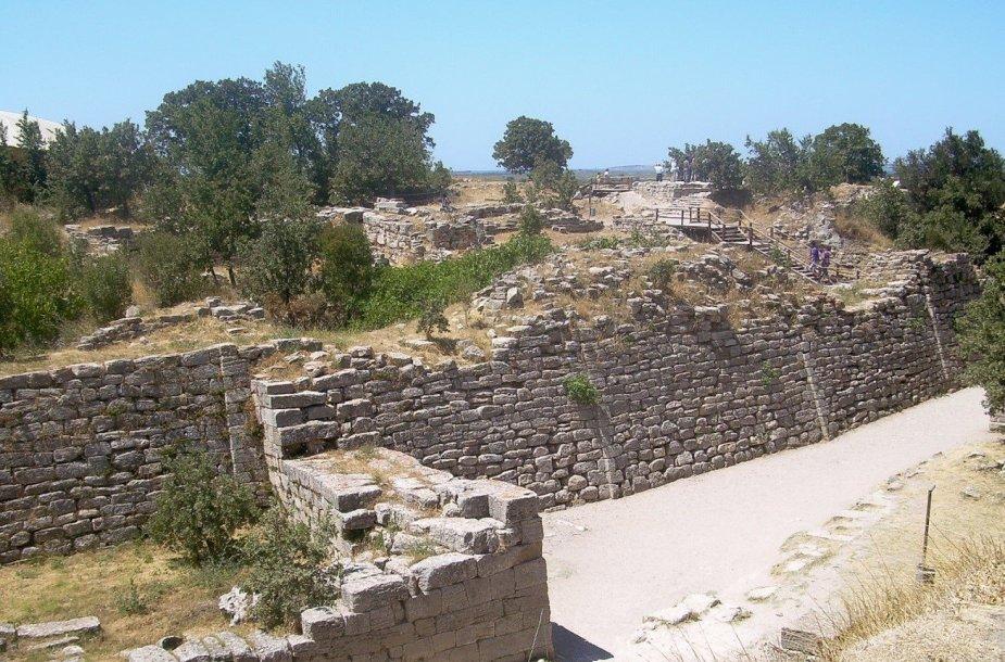Trojos miesto griuvėsiai