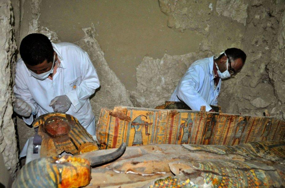 Netoli Luksoro esančioje tūkstančių metų senumo kapavietėje aptiktos šešios mumijos