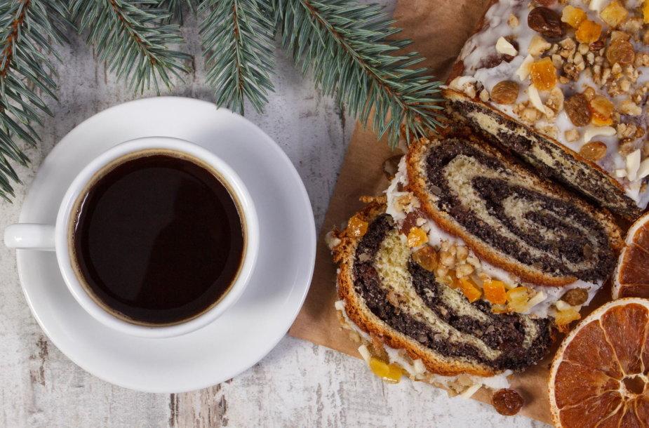 Pyragas su kava