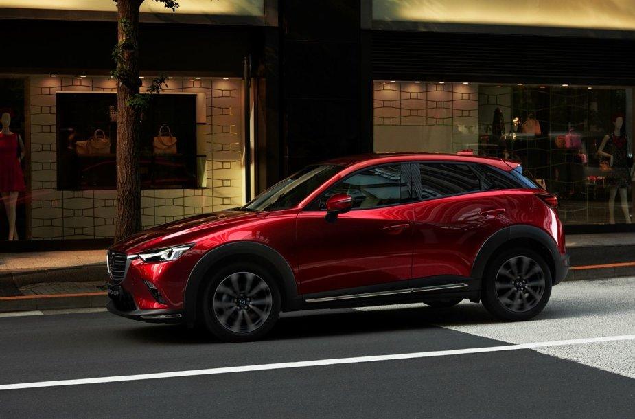 "Atnaujintas ""Mazda CX-3"""