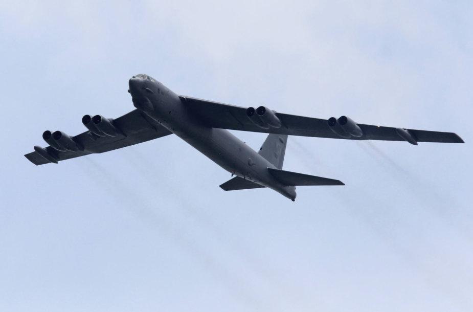 "JAV bombonešis ""Boeing B-52 Stratofortress"""