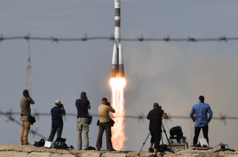 """Rusijos erdvėlaivio """"Sojuz"""" pakilimas"""