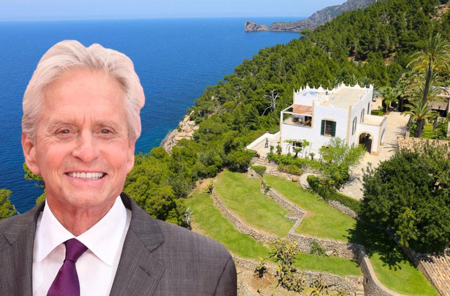 Michaelas Douglasas už 37,5 mln. eurų parduoda XIX amžiaus rūmus Maljorkoje