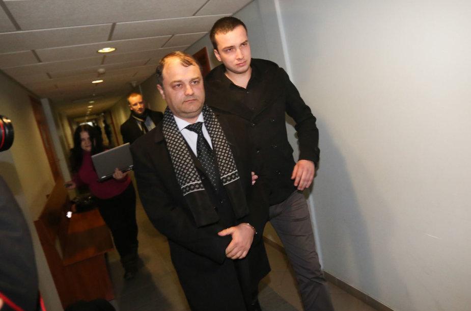 Sergejus Rachinšteinas teisme