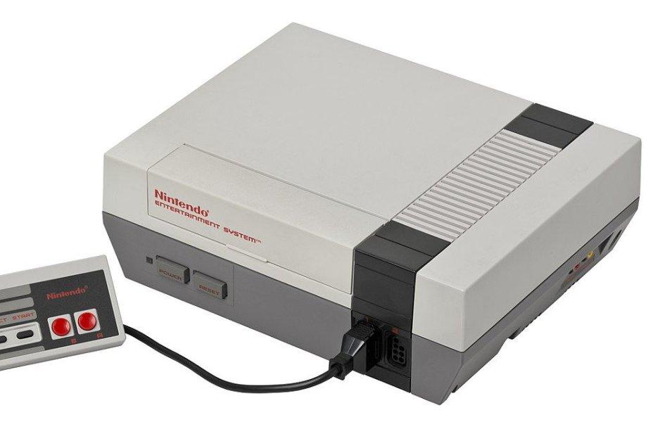 """""""Nintendo Entertainment System"""" žaidimų kompiuteris"""