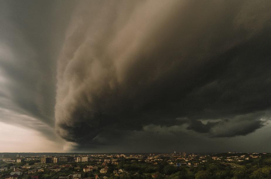Audros debesys Vilniuje