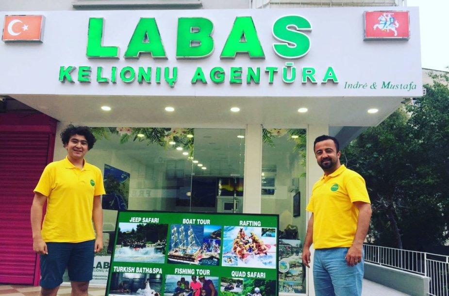 """Alanijoje veikiančios agentūros """"LABAS"""" pavadinimas ir jos įkūrėjo vardas lietuviams puikiai žinomas"""