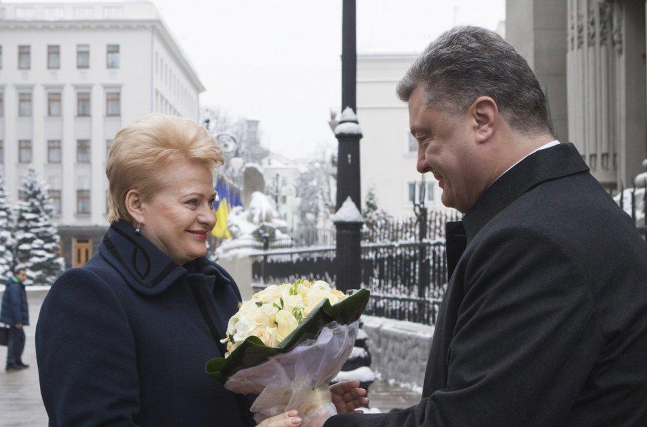 Lietuvos prezidentė Dalia Grybauskaitė ir Ukrainos prezidentas Petro Porošenka