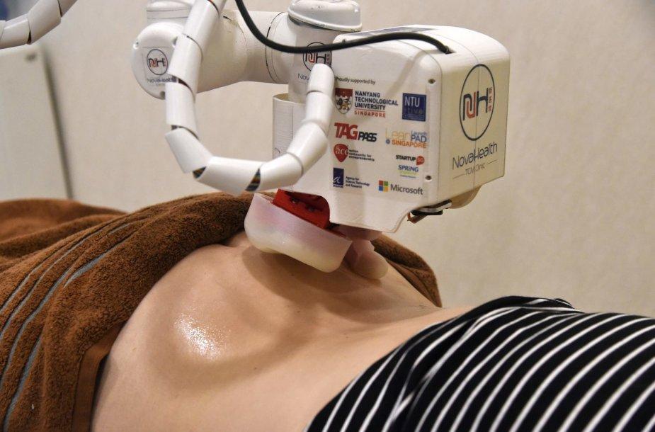 Singapūre masažą atlieka robotė-masažuotoja
