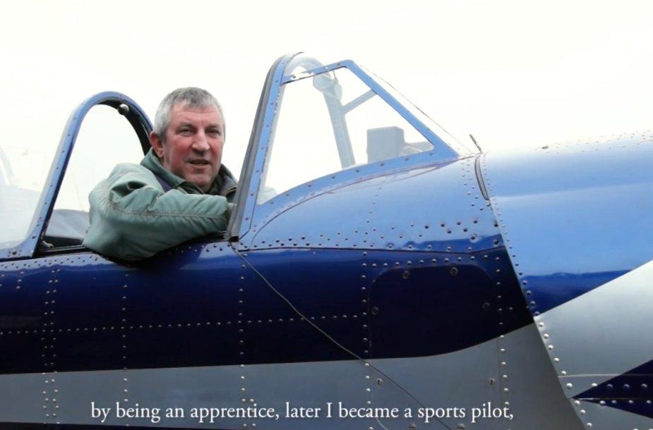 Istorijos apie aviaciją, stop kadras