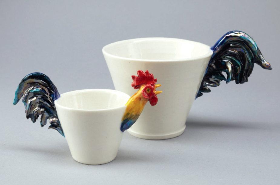Puodukai tarptautinėje keramikos parodoje