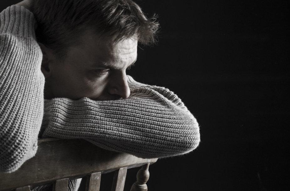 Nepalikite žmogaus su savižudybės rizika vieno.