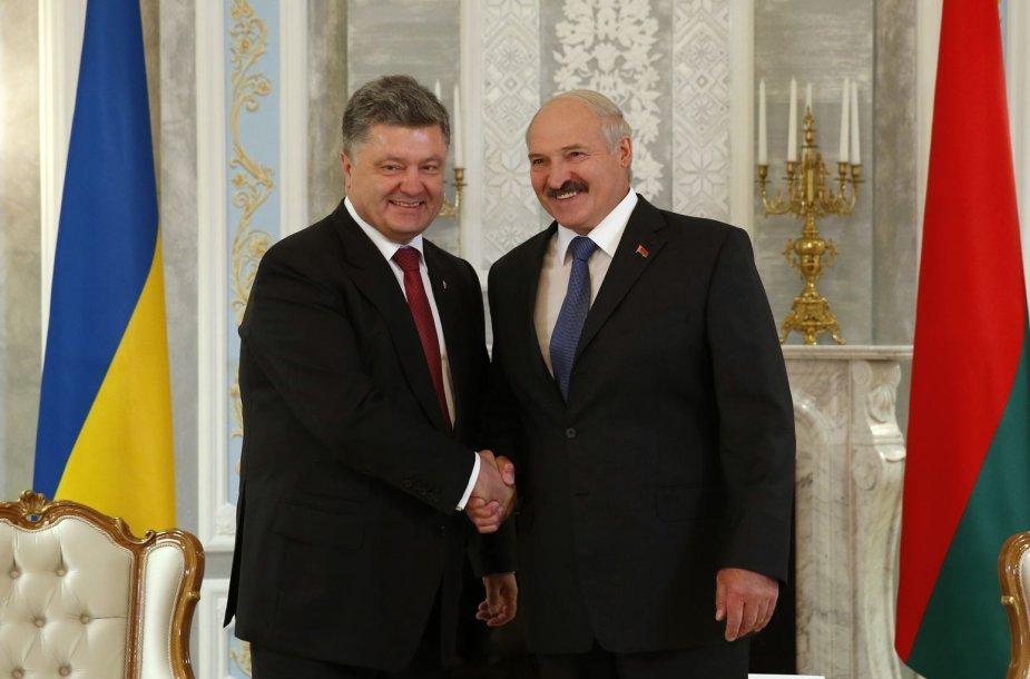 Ukrainos prezidentas Petro Porošenka ir Baltarusijos prezidentas Aliaksandras Lukašenka